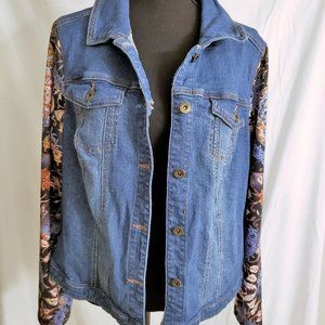One World Floral Sleeve Jean Jacket (Size 1X)